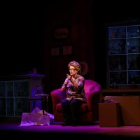 BWW Review: BECOMING DR. RUTH: A TIMELY TALE OF COURAGE AND HOPE at The Phoenix Theat Photo