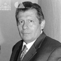 Víctor Hugo Rascón, Dramaturgo Que Reflejó En El Escenario El Acontecer Social De  Photo