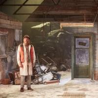 BWW Review: ON BEAR RIDGE, Royal Court Theatre