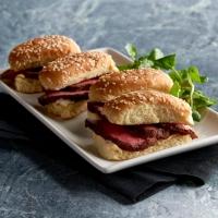 MORTON'S THE STEAKHOUSE Celebrates National Filet Day with $1 Petite Filet Mignon Sandwiches