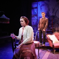 BWW Review: 4th Wall Theatre Company Presents Polished 'GLASS MENAGERIE'