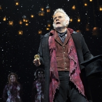 BWW TV: Broadway Walks the Red Carpet on Opening Night of  A CHRISTMAS CAROL Photo