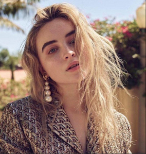 Sabrina Carpenter to Star in Film Adaptation of THE DISTANCE FROM ME TO YOU