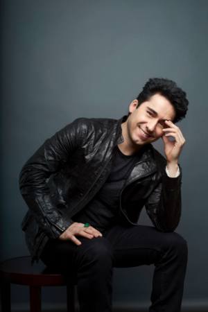 John Lloyd Young Heads to Bay Street Theater