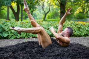 BWW Review: ERYC TAYLOR DANCE'S Immersive EARTH Breaks New Ground at Brooklyn Botanic Gardens