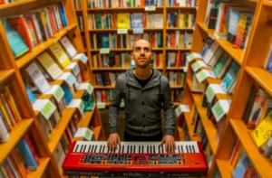 Utopia Keyboardist Glasys To Release New Single Feat. Todd Rundgren