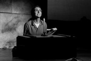 BWW Review: Spiritual Resistance in the rewarding HANNAH SENESH at National Yiddish Theatre Folksbiene
