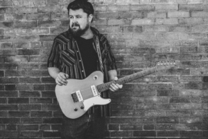Damon Fowler, Roots/Blues Guitar Guru, Announces Summer Tour Dates