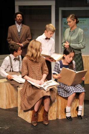 BWW Review: Children Lead Innovocative Theatre's THE HUNDRED DRESSES at Stageworks - A Play That Tackles Bullying and the Dangers of Inaction