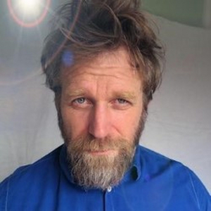 EDINBURGH 2019: BWW Review: TONY LAW: IDENTIFIES, Monkey Barrel