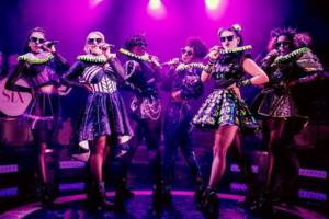 SIX to Bring the Histo-Remix to Australia