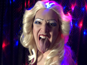 BWW Review: HEDWIG AND THE ANGRY INCH at Café Cléopatra