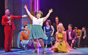 BWW Review: HAIRSPRAY: Teasing Its Way onto the Stage of Beef & Boards