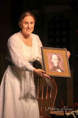 BWW Review: THE BELLE OF AMHERST at Rubicon Theatre Company