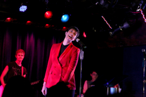 BWW Review: Shani Hadjian FEAR.LESS Speaks Out at The Laurie Beechman Theatre