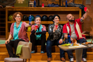 BWW Review: LAST NIGHT AT BOWL-MOR LANES: Carroll and Plum Play Out the String