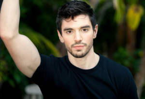 Singer/Songwriter Steve Grand Returns To Catalina Jazz Club With 'The Pink Champagne Tour'