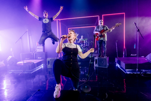 BWW Review: WHAT GIRLS ARE MADE OF, Soho Theatre
