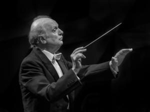 Marek Janowski to Lead Dresden Philharmonic in DIE WALKÜRE