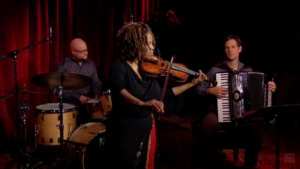 Penguin Rep to Present Jazz Violinist Regina Carter