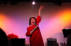 BWW Review: LESLIE OROFINO SHINE! Does Just That at Don't Tell Mama