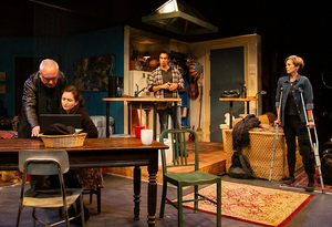 BWW Review: TIME STANDS STILL at Shakespeare & Company Examines Change and Choice.