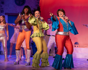 BWW Review: MAMMA MIA, That's a Spicy Musical at Allenberry