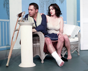 BWW Review: CAT ON A HOT TIN ROOF at Oyster Mill Playhouse
