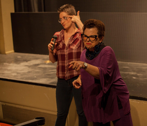 BWW Review: 25 QUESTIONS FOR A JEWISH MOTHER at Encore Theatre District