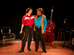 BWW Review: ALWAYS... PATSY CLINE at Florida Rep is Entertaining and Exuberant!