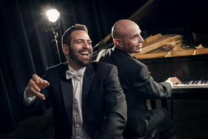 Cincinnati Playhouse Welcomes 2 PIANOS, 4 HANDS