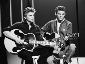 Review: The Zmed Brothers Honor the Early Rock and Roll Icons in THE EVERLY BROTHERS EXPERIENCE