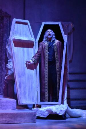 BWW Review: DRACULA at Chesapeake Shakespeare Company