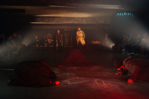Review: THE TRAGEDIE OF MACBETH – An Immersive Experience Takes You Inside the Spooky Atmosphere of Shakespeare's Scottish Play