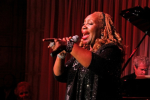BWW Interview: Avery Sommers in FOR SENTIMENTAL REASONS at Laurie Beechman Theatre