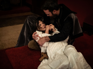 BWW Review: THE DUCHESS OF MALFI - Hidden Room Recreates Renaissance Thriller