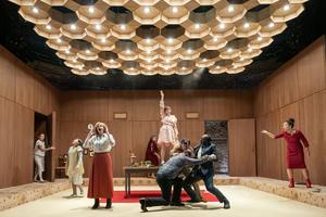 BWW Review: VASSA, Almeida Theatre