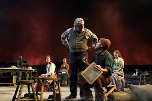 BWW Review: TRANSLATIONS, National Theatre