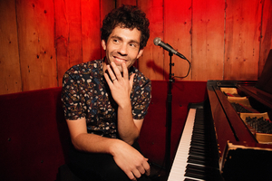 BWW Review: Julian Velard Extolls WHAT AM I DOING HERE? at Joe's Pub