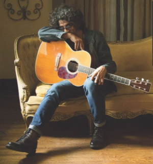 Grammy-Nominated Dan Navarro to Play NYC's Rockwood Music Hall in December