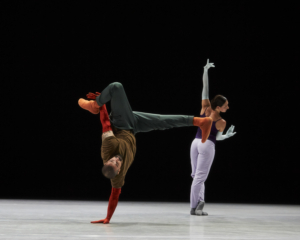 BWW Review: Labored Studies and Quilted Genius with William Forsythe at The Shed; A Quiet Evening of Dance