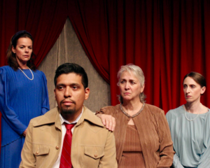 BWW Review: iTheatre Collaborative Presents Edward Albee's THREE TALL WOMEN