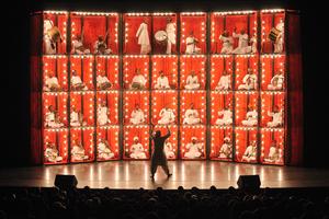 BWW Review: THE MANGANIYAR SEDUCTION at Kennedy Center Eisenhower Theater