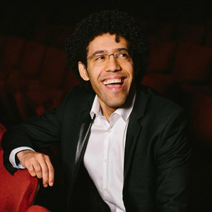 BWW Review: RAFAEL PAYARE CONDUCTS BEETHOVEN AND TCHAIKOVSKY at The Jacobs Music Center