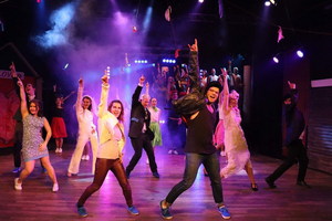 BWW Review: ALL SHOCK UP at Teater Bristol