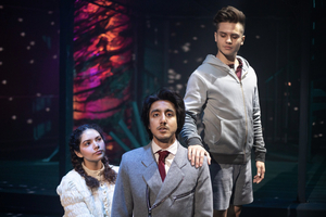 BWW Review: SPRING AWAKENING at University Of Texas At Austin Wears Its Heart on Its Sleeve