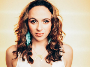 Olivia Valli Joins The Cast Of Women Of The Wings Volume III At Feinstein's/54 Below