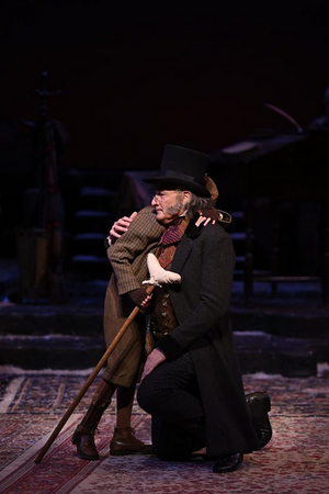 BWW Review: A CHRISTMAS CAROL Keeps on Singing at The Alliance Theatre