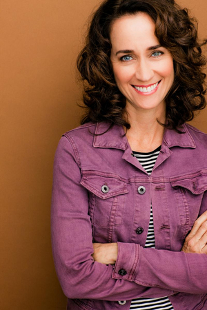 BWW Interview: Actress Beth Kennedy Talks The Troubadour Theater Co.'s  A CHRISTMAS CAROLE KING