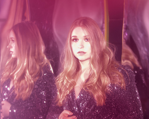 PEYTON GILLILAND Releases New Video For 'Drag Me Under'
